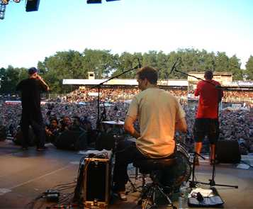 view off stage flash2000